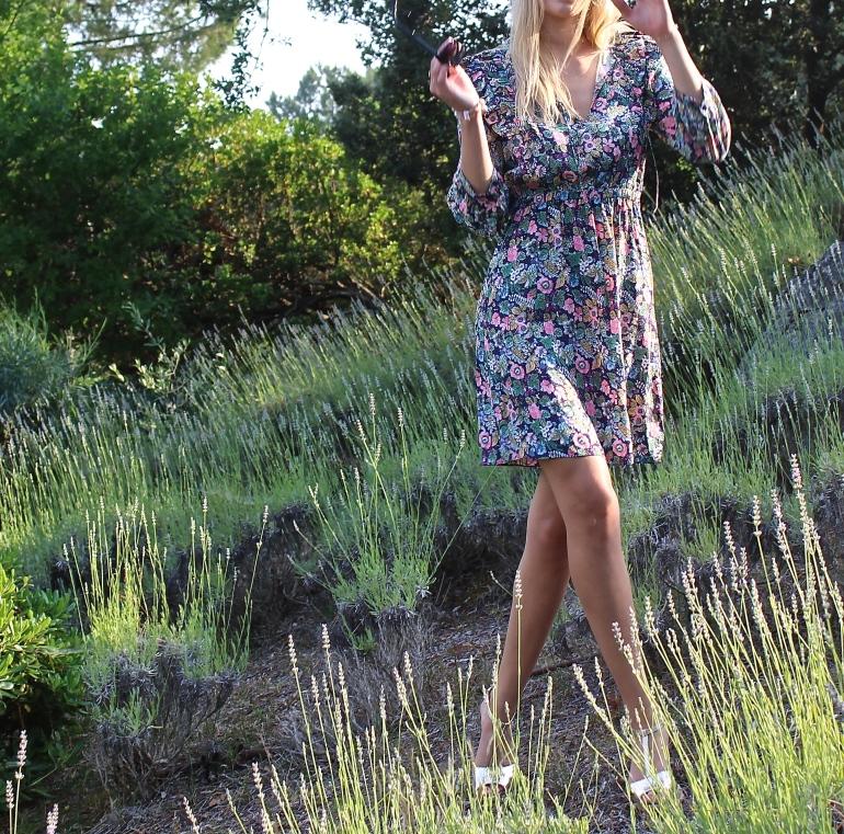 robe et fleurs