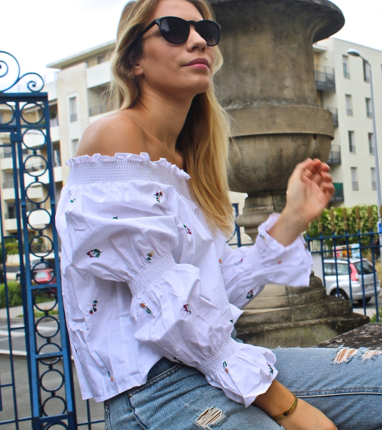 look blouse blanches brodé