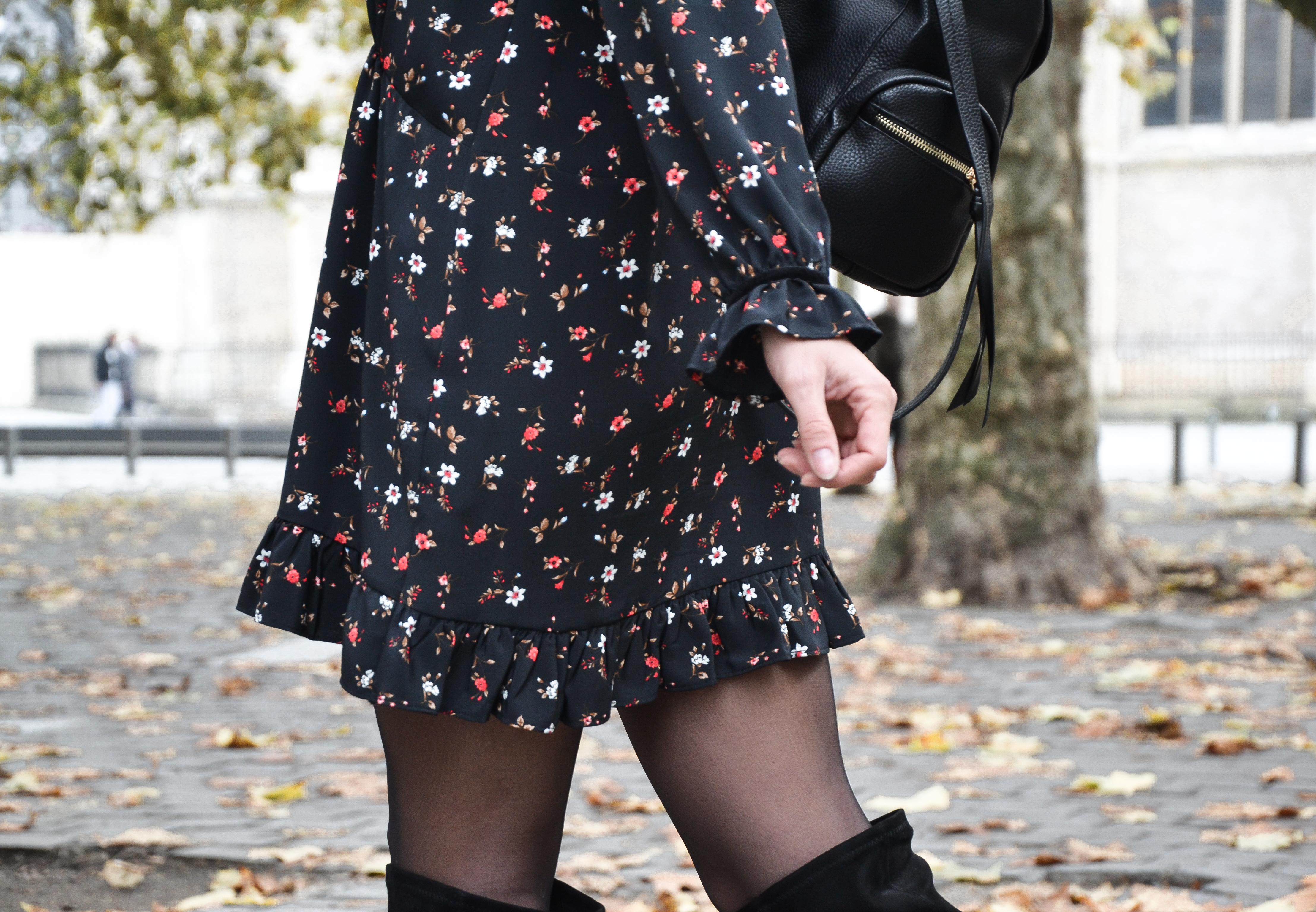 Robe noire fleurie zara